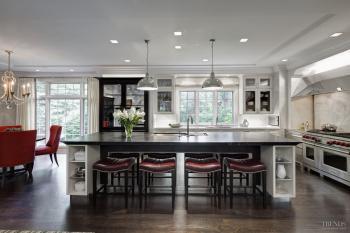 Playful contrast – eclectic Mick De Giulio kitchen