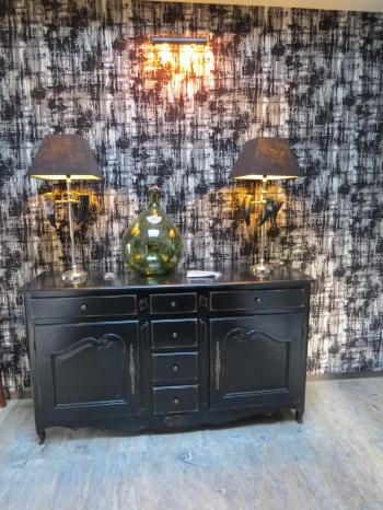 Wall light and table lamps - Queenstown. Image: 6