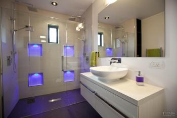 Show home bathroom for Bathroom design queenstown
