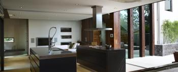 Tropical influence – Southeast Asian designed home by Julian Woollett