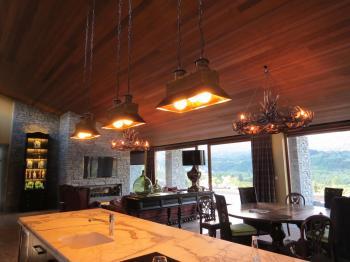 Kitchen/dining area lighting - Queenstown. Image: 5