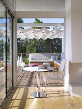 On vacation – bungalow remodel by David Montalba