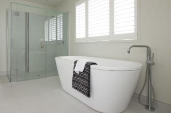 Freestanding Bath. Image: 6