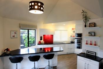 Black & White Kitchen. Image: 2