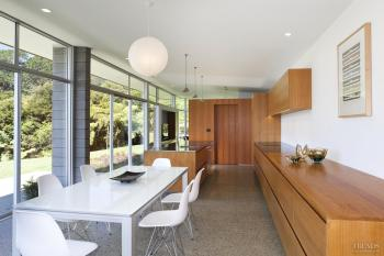 In keeping – sympathetic kitchen dfesign to Desert Modern home