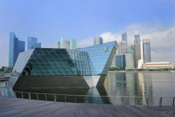 glass pavilion by Safdie Architects