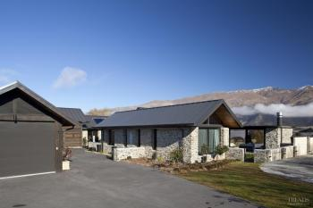 New Wanaka house by Mason and Wales