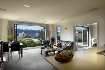 Open Plan Living Area. Image: 5