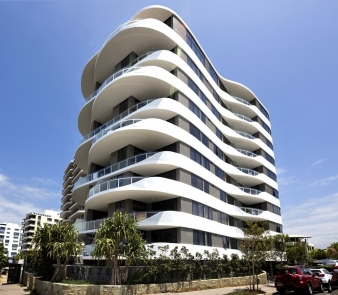 The undulating curves are created from in-situ concrete made by a special shuttered formwork.