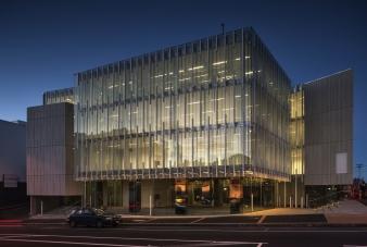 Geyser building