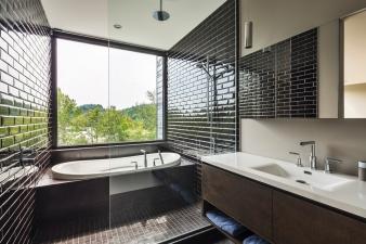 Estrade Residence – bathroom