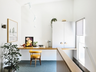 Light and bright study nook in a new home by Architects EAT