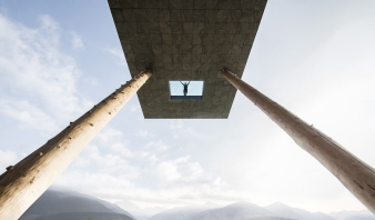 A window in the cantilevered pool offers an interesting perspective from above and below.