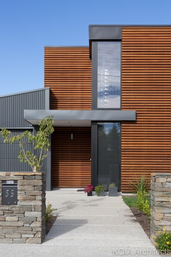 The house needed to reflect the natural beauty of the area, meaning use of cedar was important