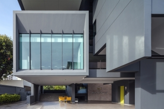 This building is also eco-friendly in terms of zoning, orientation and insulation