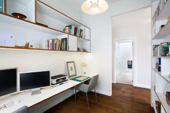 Desking area in home office space. Image: 9