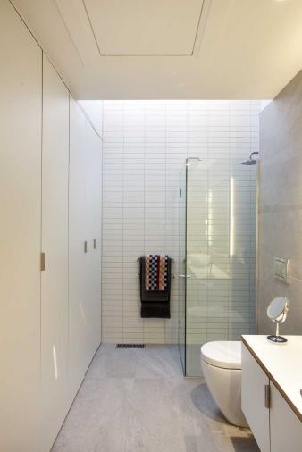 Shower in Renovated Villa. Image: 14