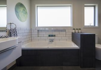 2016 TIDA New Zealand Designer Bathroom. Image: 4
