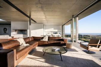 Pearl Bay Residence Modern Home. Image: 6