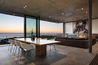Pearl Bay Residence Modern Home. Image: 2