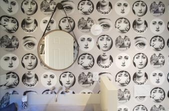 Wallpapered Bathrooms. Image: 8